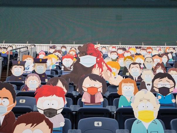 Южный парк сходил на футбол Команда по американскому футболу Бронкос из Денвера в эпоху коронавирусных ограничений проявила инициативу в изобретательности и заменила отсутствующих зрителей