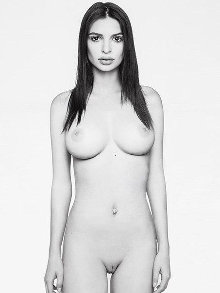 Free emily lloyd nude