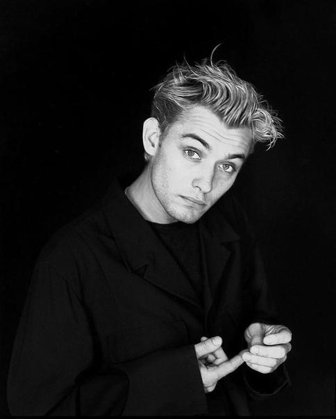 Чертовски привлекательный Джуд Лоу, 90-е годы.