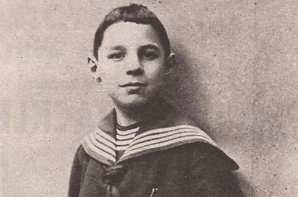 «Французский ангел», с которого срисовали Шрека: Как прелестный ребёнок в 17 лет стал огром. Жизнь этого человека была полна противоречий, а судьба несколько раз делала резкие повороты. Он