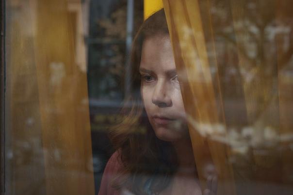 Netflix хочет выкупить «Женщину в окне» с Эми Адамс Deadline сообщает, что стриминговый сервис вышел на финальную стадию переговоров с 20th Century Studios. Пока что неизвестно, когда состоится